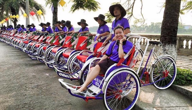 The leisurely sightseeing experience in Hue with Cyclo tour