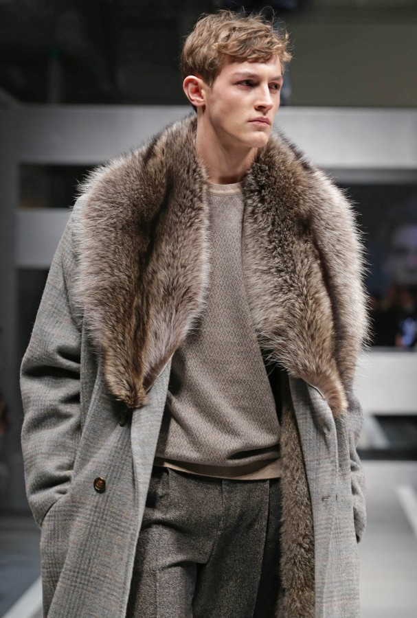 newest daa57 5d335 Fashionista Smile: Fendi: Cold Freezing Trends - Fall 2013