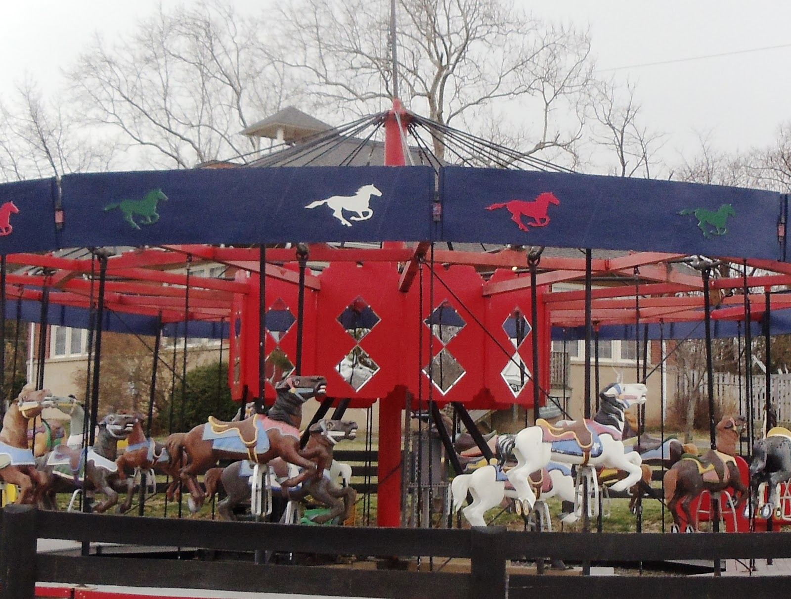 Photos By Leigh Goessl What Kind Of Memories Do Carousels