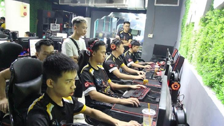 [AoE] Bản tin ngày 26/08: Chim Sẻ Đi Nắng, U98 vs Shenlong, Tiểu Thủy Ngư - Quyết đấu!