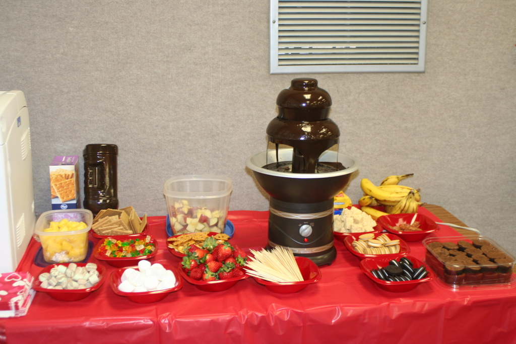 Chocolate Fountain - Creative Gift Ideas and Curious Goods |Chocolate Fountain Ideas