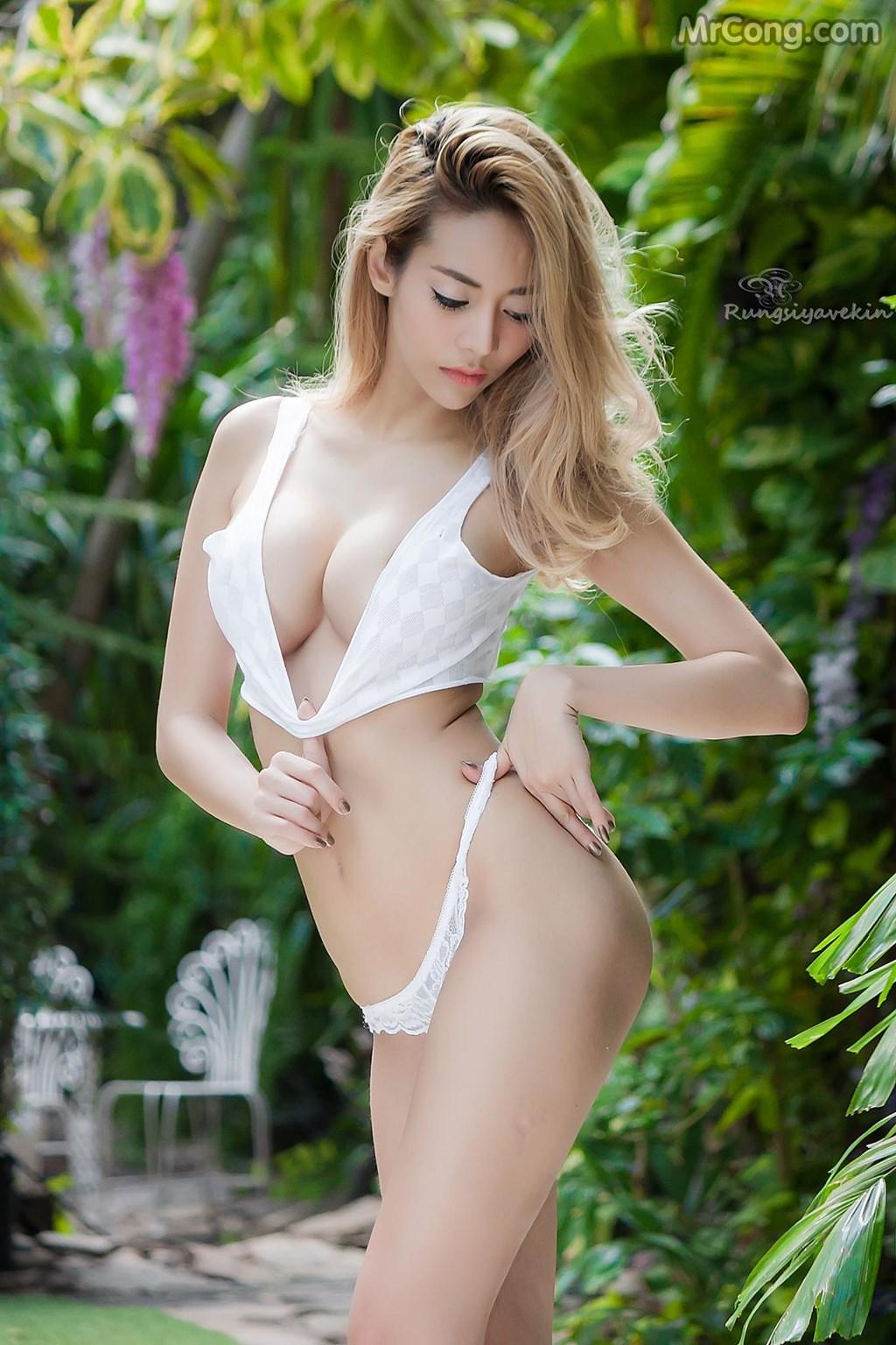 Image Nguoi-mau-Thai-Lan-Jiraporn-Ngamthuan-MrCong.com-007 in post Người đẹp Jiraporn Ngamthuan nóng bỏng tạo dáng với trang phục biển mát rượi (28 ảnh)