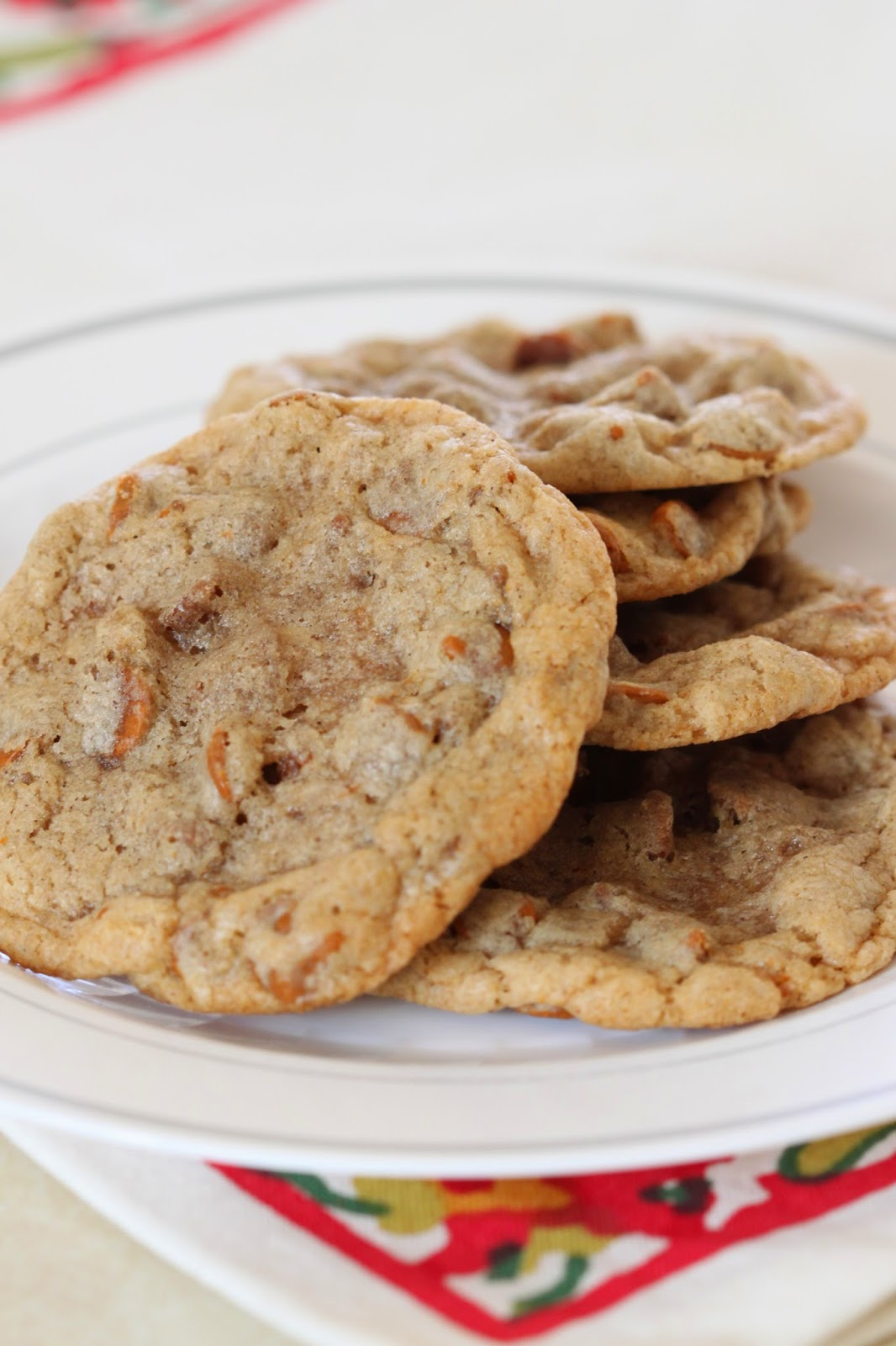 Cinnamon Chip Cookies | Tortillas and Honey