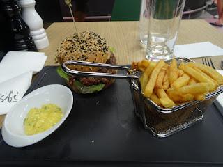 Burger, frites gastronomique au Steak Point de Lafayette Gourmet.