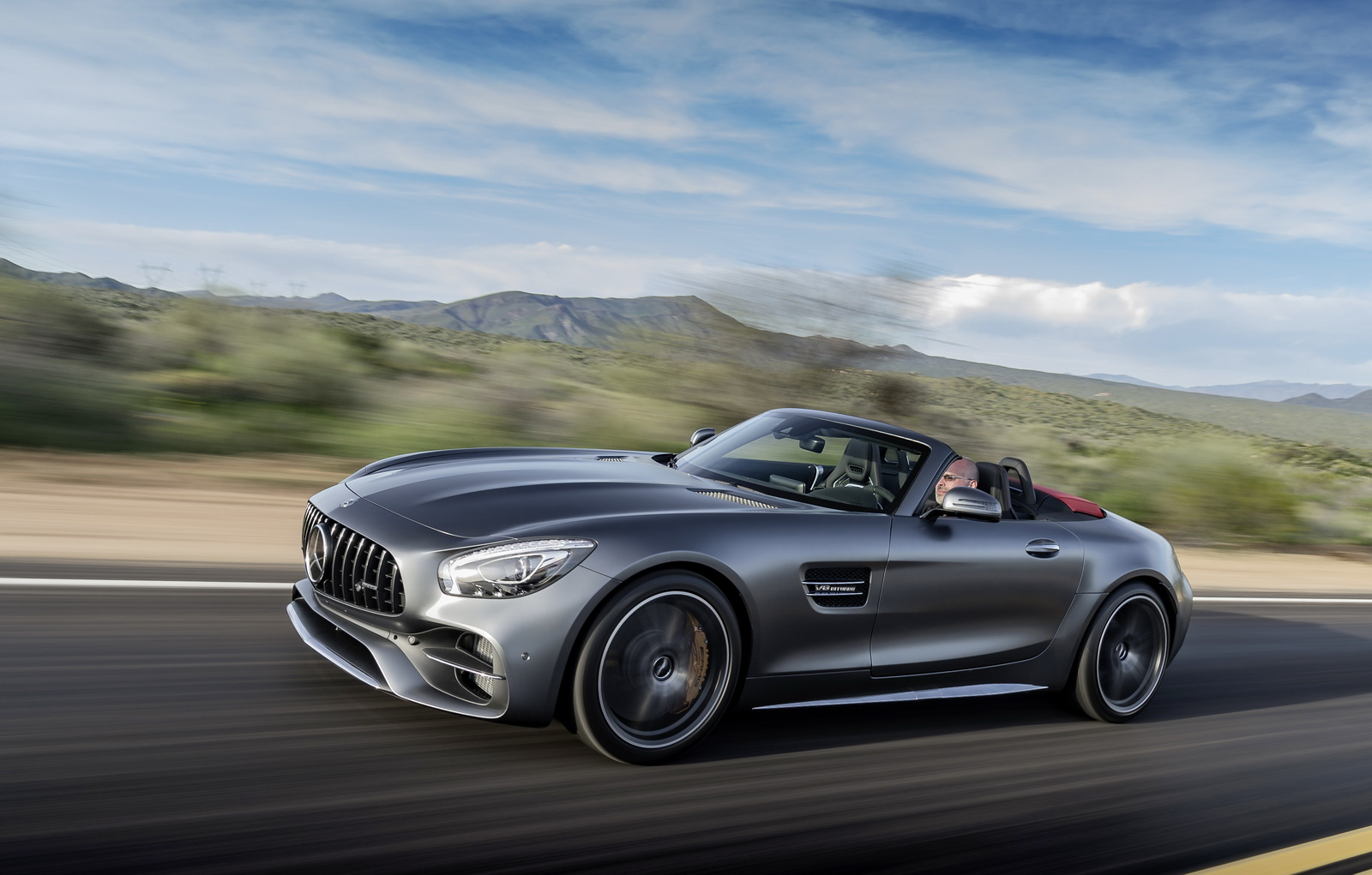 facelifted mercedes amg gt to add more ponies into the mix carscoops. Black Bedroom Furniture Sets. Home Design Ideas
