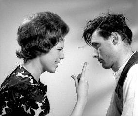 متى يمل الزوج من زوجته: علامات تدل على ملل الرجل من زوجته