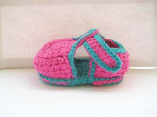 Free Crochet Pattern T Strap Booties : Crochet Dreamz: T-strap Booties for Boys or Girls (pdf ...