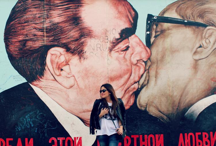 Muro de Berlin beso