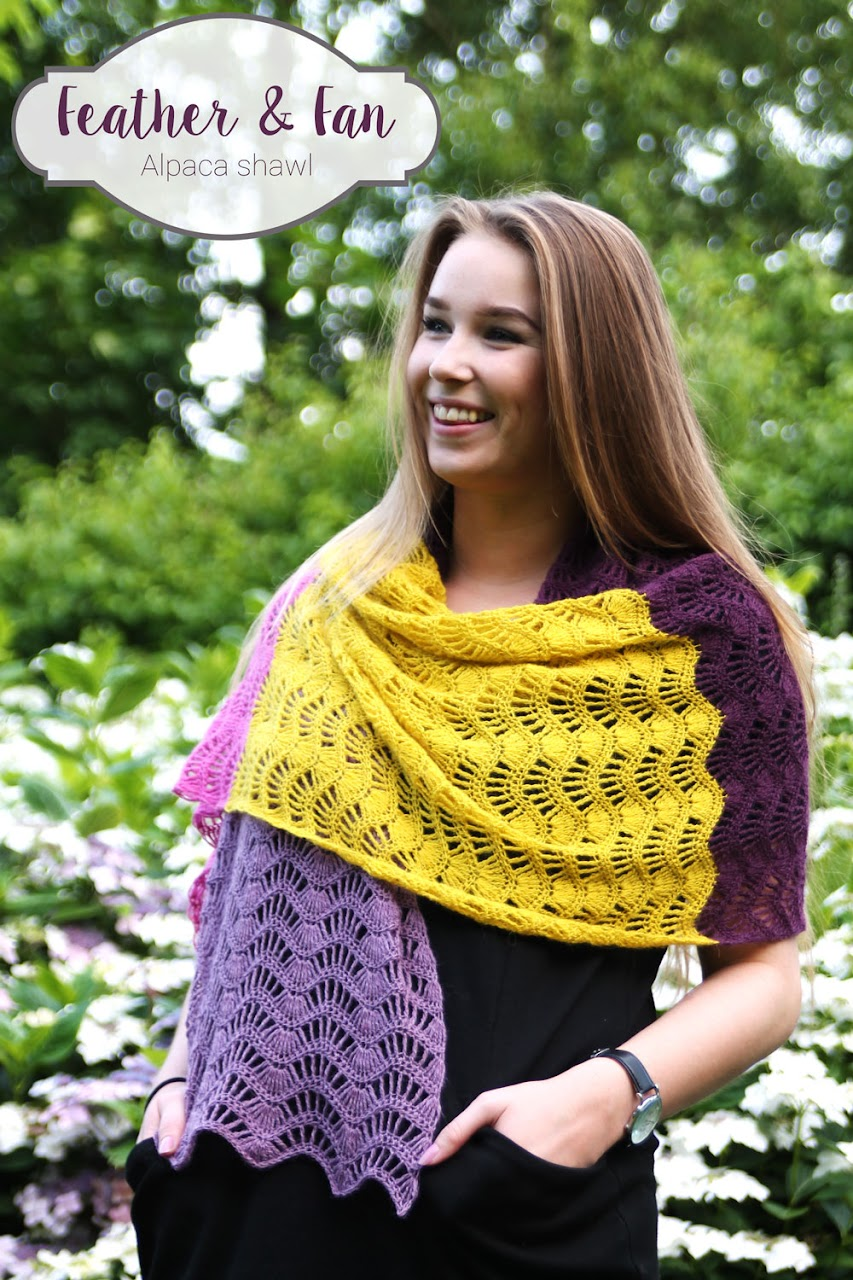 Feather & Fun Alpaca Shawl - FREE crochet pattern by Haak Maar Raak