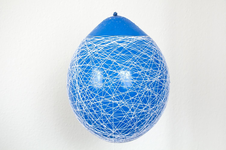 Lampadario alternativo realizzato con lo spago - Fai da Te Creativo
