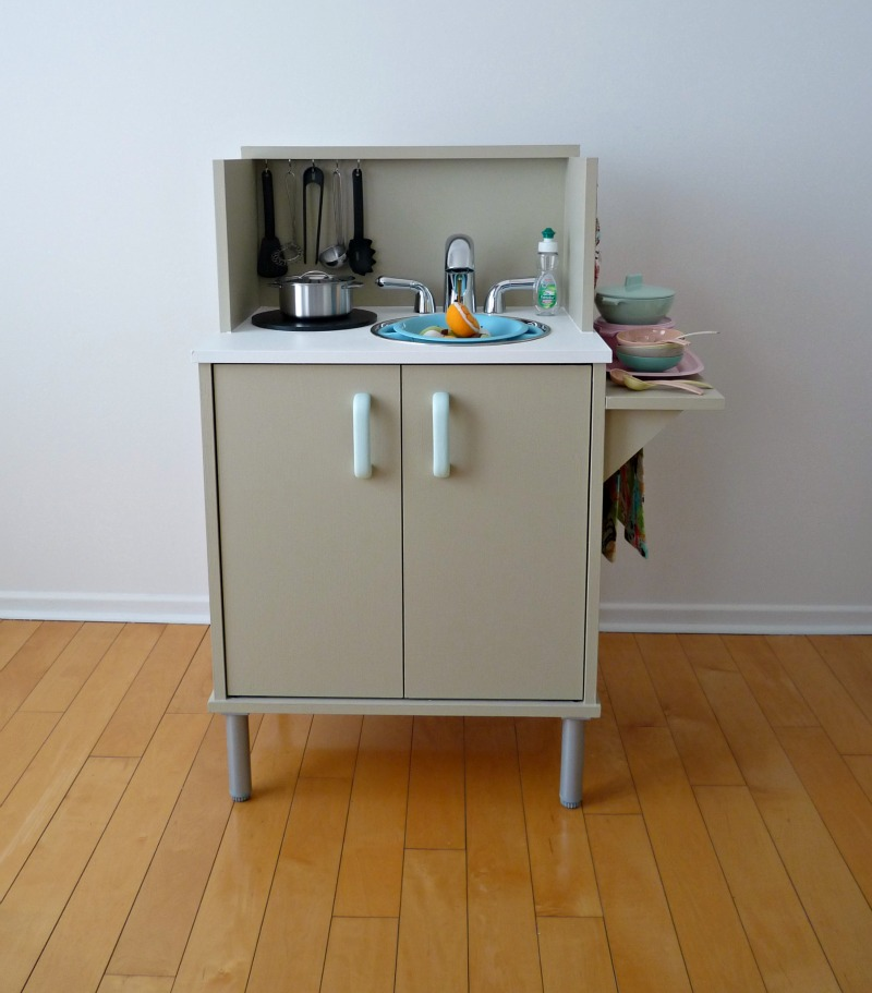 DIY play kitchen from microwave cart