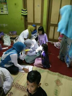 bakti sosial dokter gigi yogyakarta edukasi pemeriksaan kesehatan gigi anak