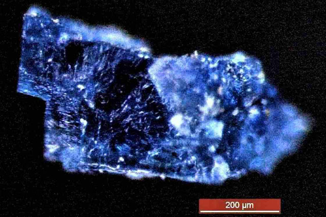 "Ancient ""Ocean World"" May Have Seeded Meteorites With Life's Ingredients"