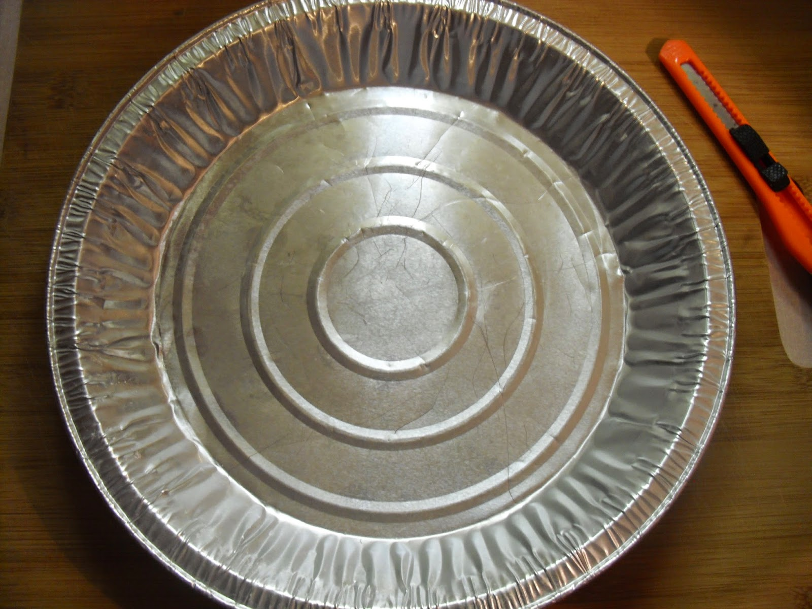 MixingItUp DIY Kitchen Aid Mixing Bowl Cover - uncut pie tin