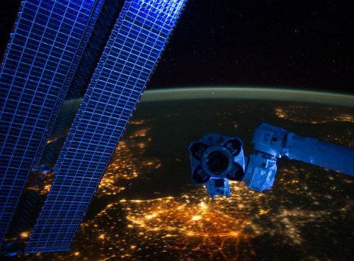 Visão da Europa à noite a partir do espaço -- produzida pela Nasa