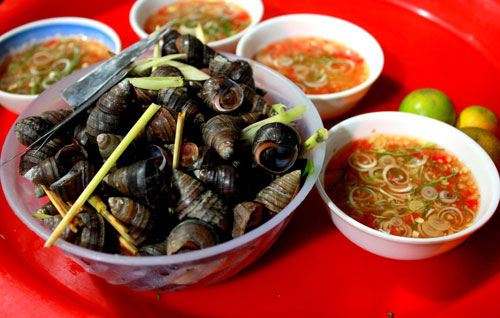Hanoi street foods in winter