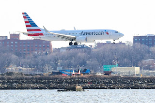 strategist at Inverness Counsel in New York, said the grounding gives Boeing time to address any problems and not face another potential disaster.