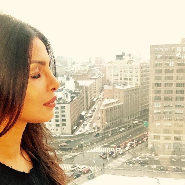Priyanka-Chopra-Face