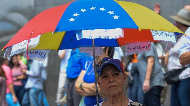 Unos 145,000 venezolanos han buscado protección fuera desde 2014, según ACNUR