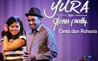 Lirik Lagu Yura Yunita ft Glenn Fredly – Cinta Dan Rahasia