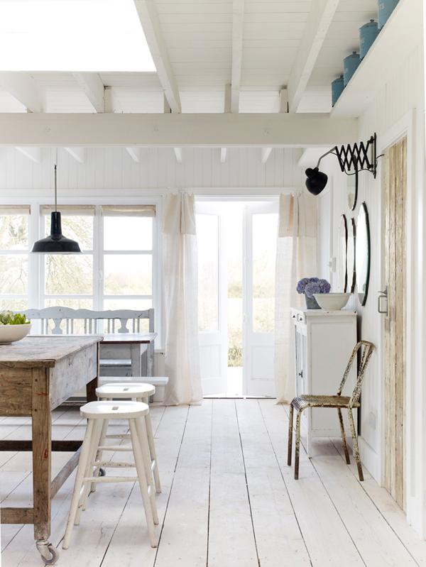 PUNTXET Una casa de campo donde se respira puro relax #deco #decoracion #hogar #home #cottage #rustic #rustico #decoration #diningroom #comedor