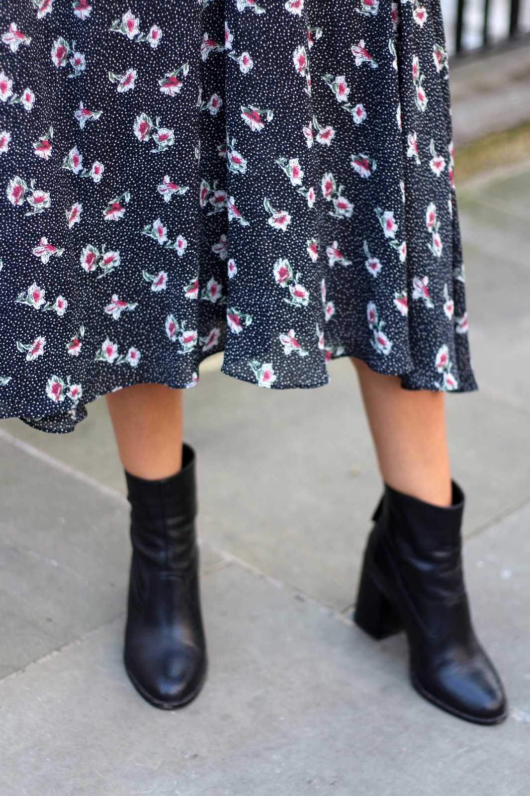 leather ankle boots peexo blogger