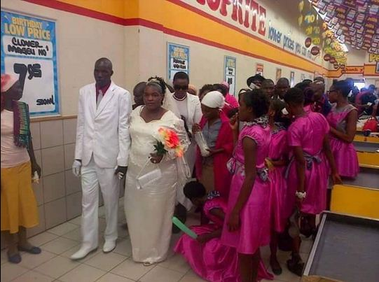Couple Had Their Wedding Reception Inside Shoprite Mall