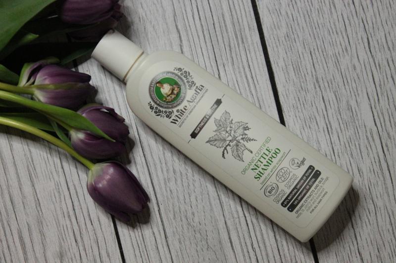 Babuszka Agafia White szampon z pokrzywą