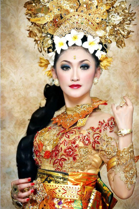 girls in bali indonesia