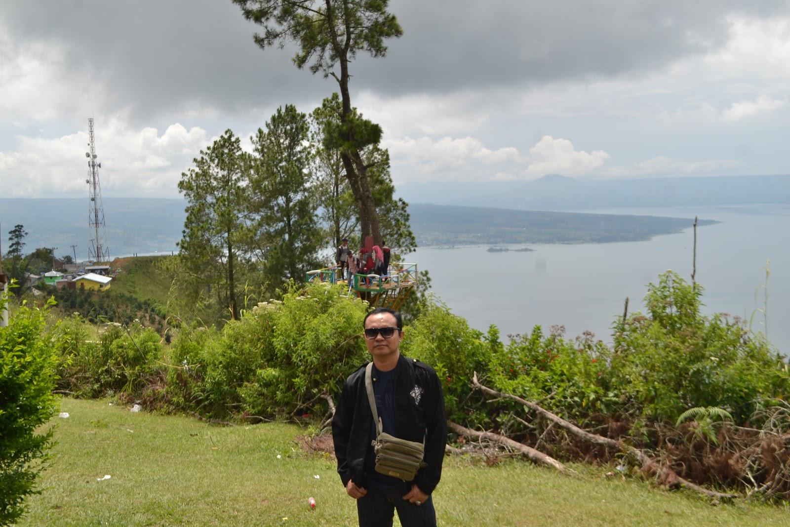 Rumah Pohon Bukit Indah Simarjarunjung