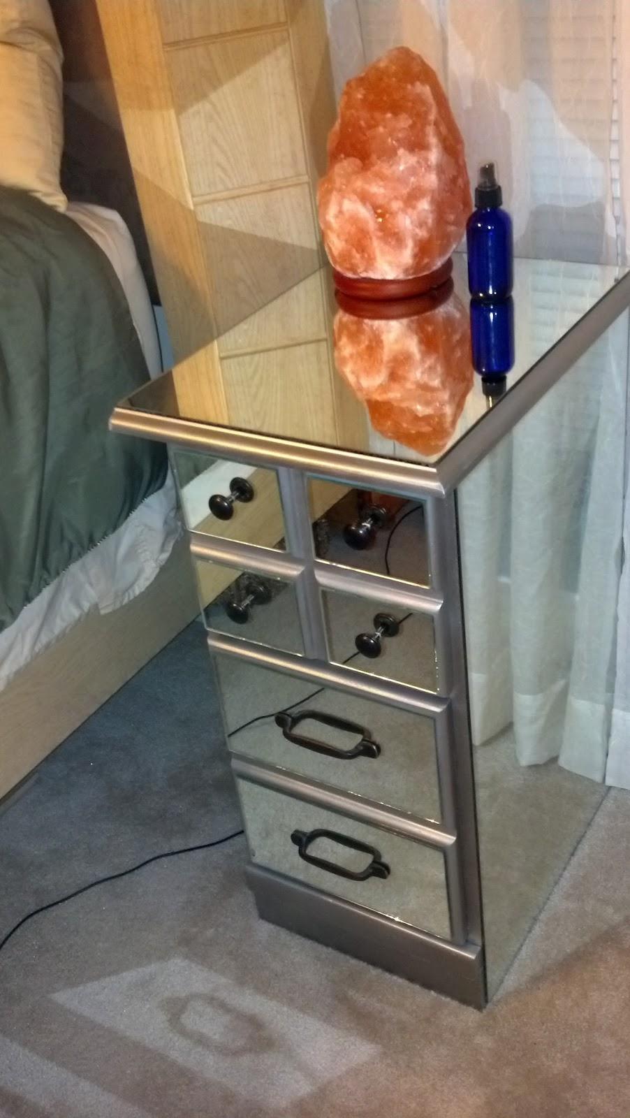 Fix Lovely Diy Mirrored Nightstands