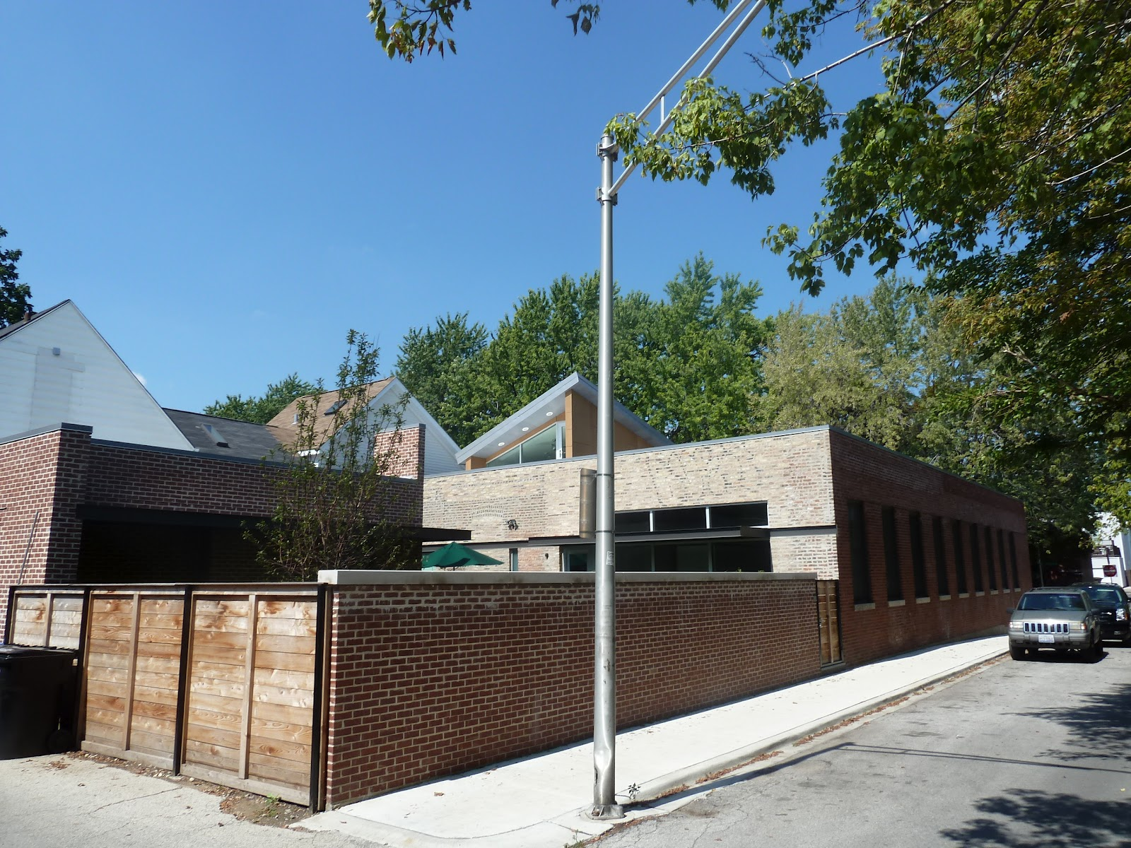The Chicago Real Estate Local: Secret modern in North Center