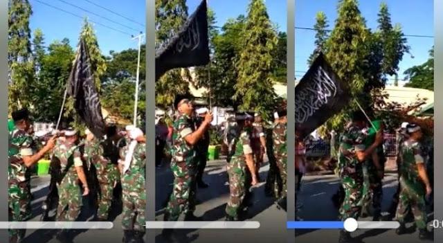 Lihatlah, TNI Bangga Mengibarkan dan Muliakan Bendera Tauhid