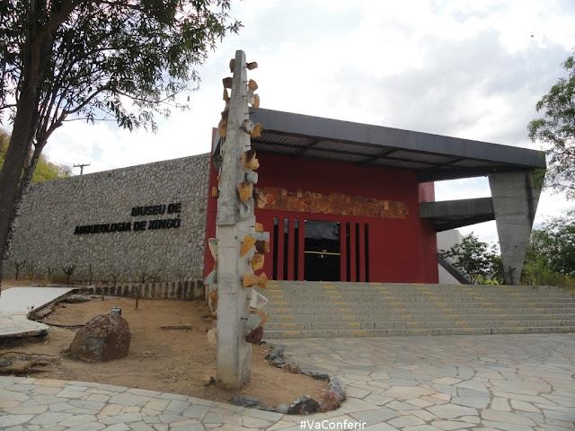 www.canionsxingo.com.br - O MAX ou Museu de Arqueologia de Xingó guarda em seu acervo material arqueológico da região de Xingo, area que contempla o território de Piranhas, Alagoas e Canindé de São Francisco, Sergipe