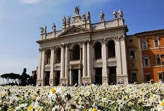 Il mago, la papessa e l'imperatore - Visita guidata per bambini della Basilica e del Battistero di San Giovanni in Laterano - Sabato 09/04/16, h 10.00