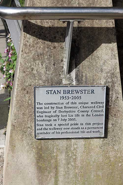 Memorial to Stan Brewster.