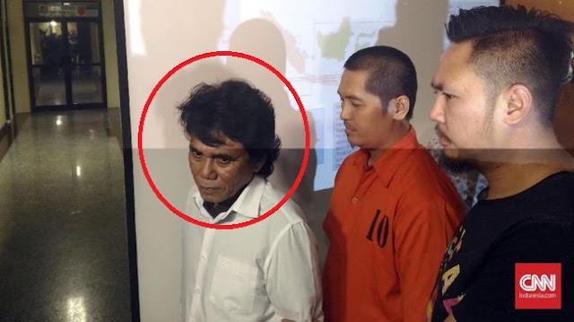 Terciduk Polisi! Selain Fitnah Presiden Jokowi dan Ibu Iriana Sebagai Keturunan PKI Pria Berinisial MKN Ini Juga Sebar Kebencian Terkait SARA Bilang Etnis Tionghoa....