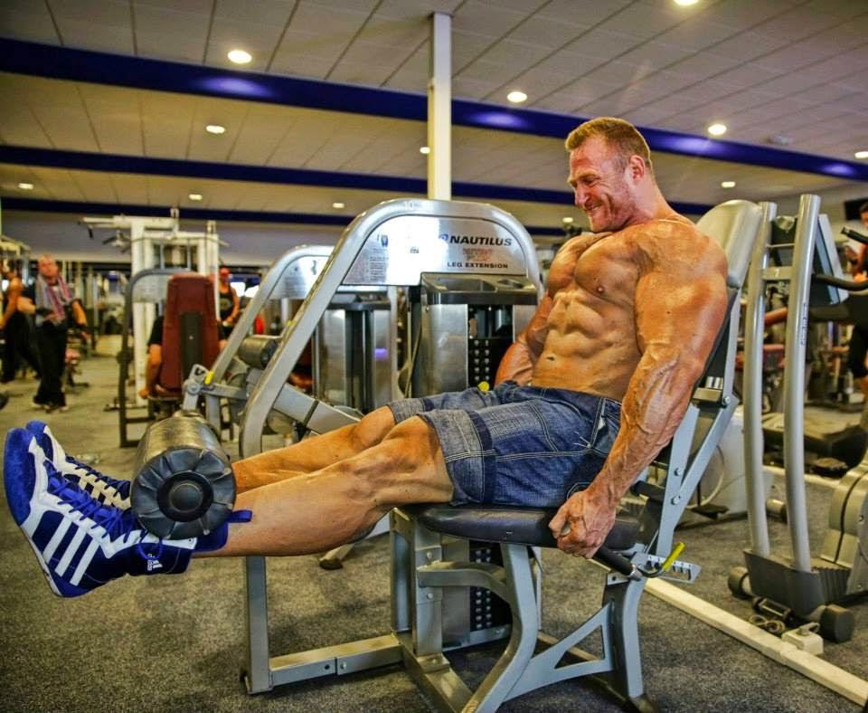 Muscle Male Model *: September 2011