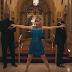 El vestido azul de Taylor Swift se hace famoso