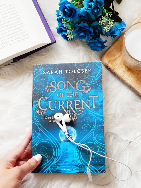 Song Of The Current Book Review | sprinkledpages