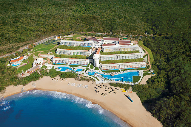 The fabulous Secrets Huatulco Resort & Spa - All Inclusive, an AAA Four Diamond resort, offers adults an escape to serenity, romance and Unlimited-Luxury. Tucked away on the secluded coastline of Conejos Bay, surrounded by golden sand, extraordinary rock formations and sapphire waters, .