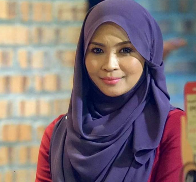 Kumpulan Foto Cantik Siti Nordiana