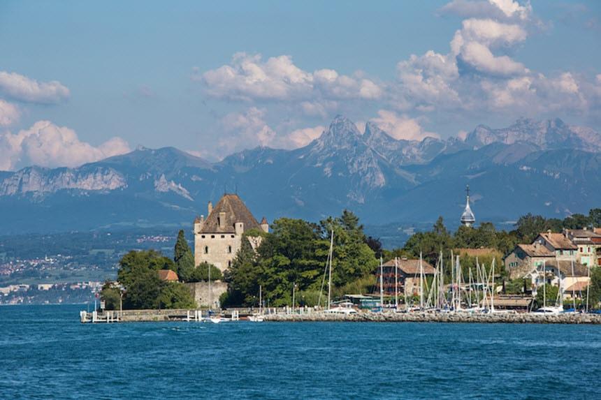 Những hồ nước quyến rũ nhất nước Pháp -3