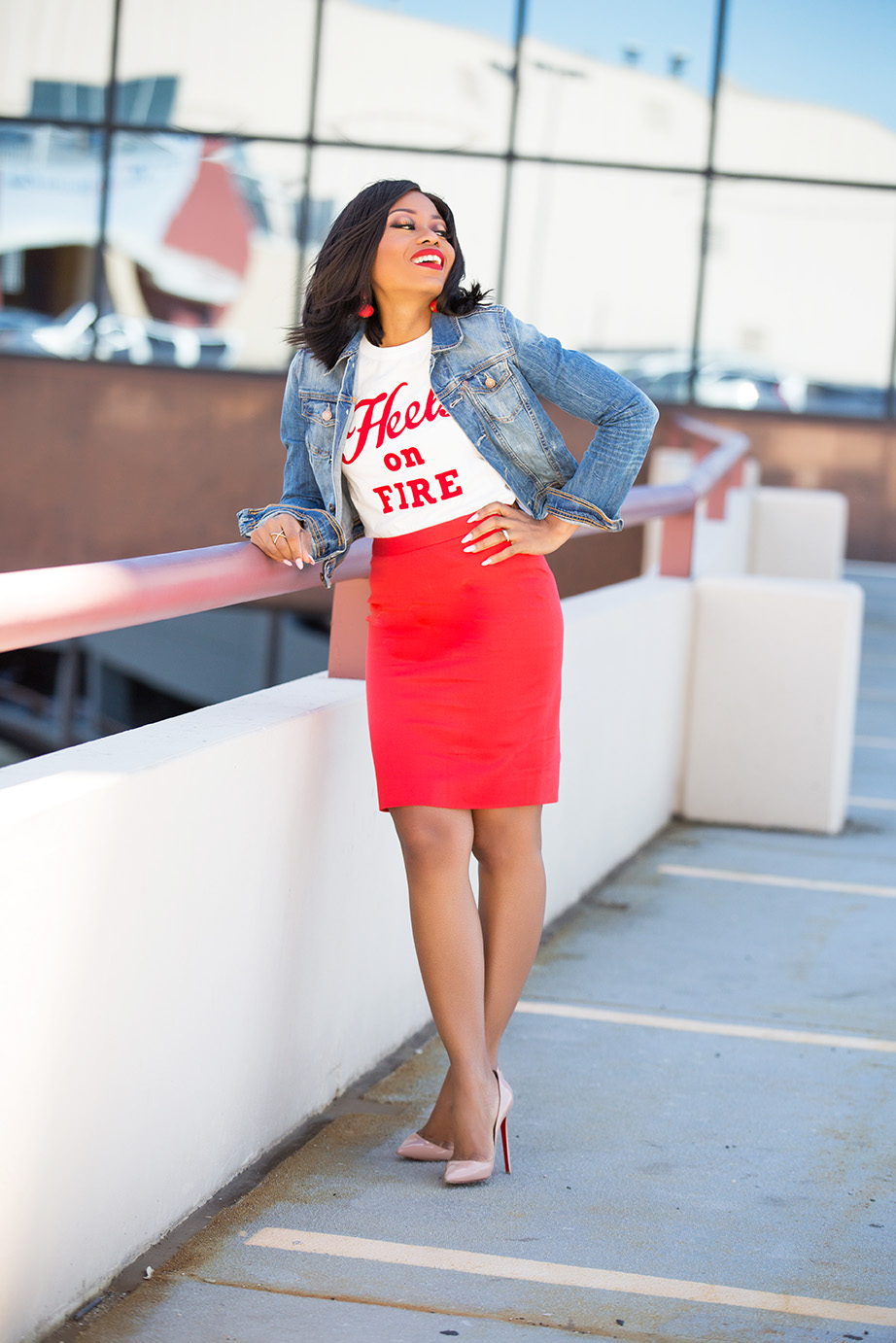 work style, Jcrew pencil skirt, graphic tee, www.jadore-fashion.com