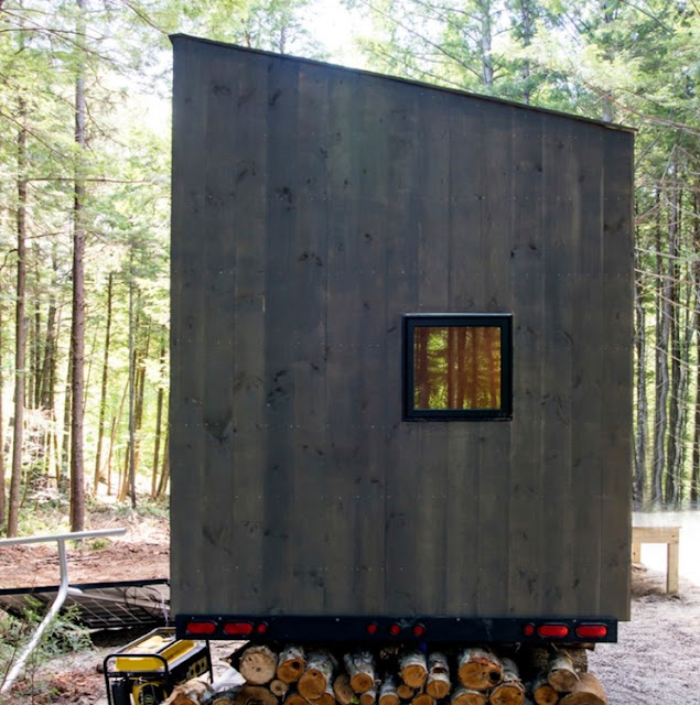 minimalist tiny house cabin