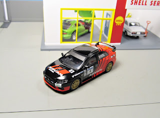 Tarmac Works - Advan Mitsubishi Lancer Evolution X advan