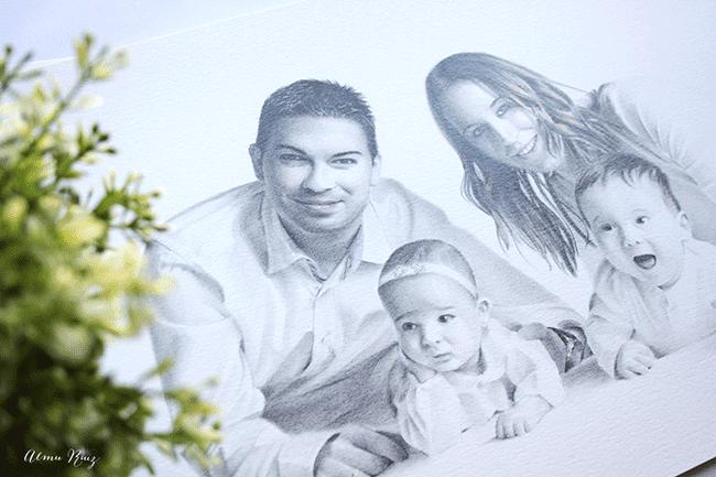 retrato familiar dibujado a lápiz para el día del padre