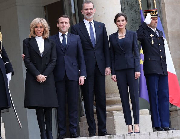 King Felipe and Queen Letizia attended a lunch hosted by French president Emmanuel Macron and his wife Brigitte Macron