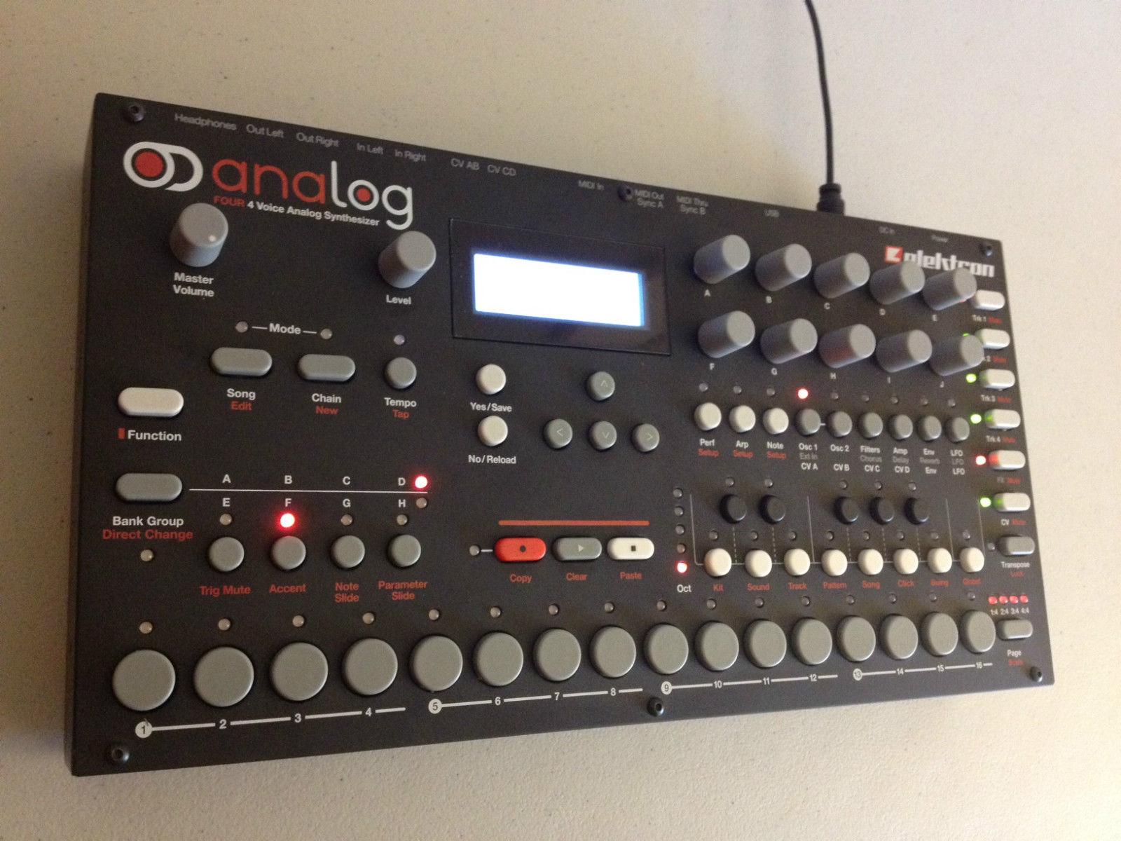 matrixsynth elektron analog four with original box packaging sound banks. Black Bedroom Furniture Sets. Home Design Ideas