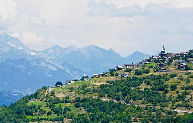 zwitserse wijnen, fendant, dôle, plan du fou, dent de nendaz, valais, tracouet, wallis, la printze, visperterminen, bisses, zwitserland, bergvakantie, matterhorn, mont blanc,nendaz, mont fort,